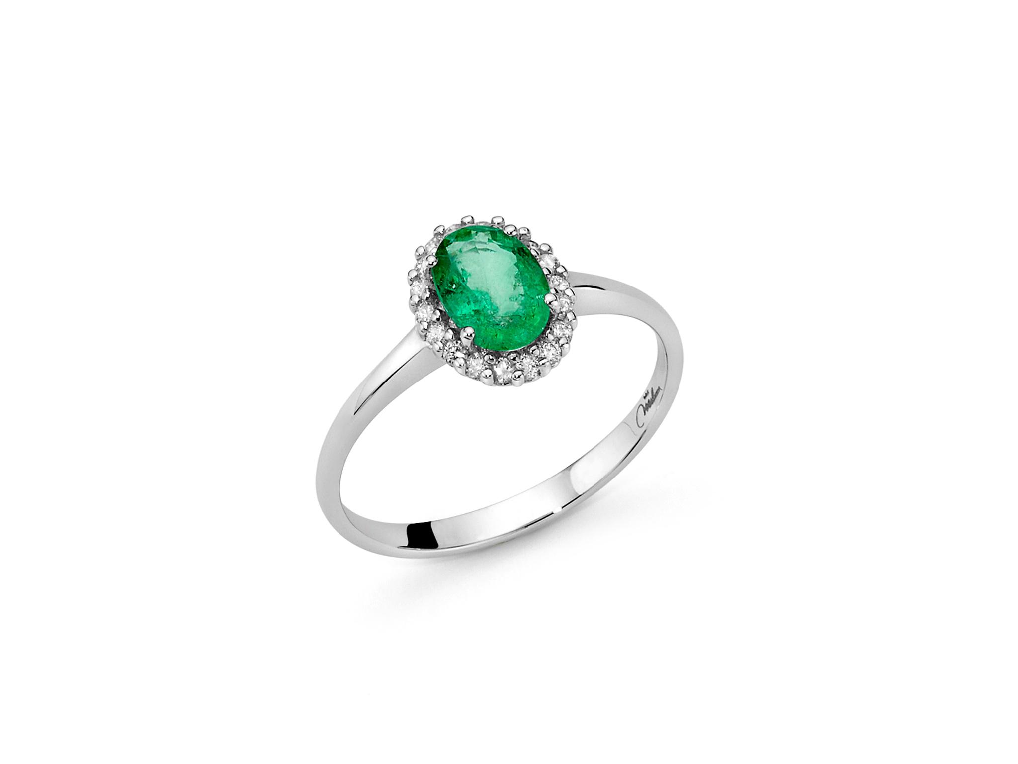Anello smeraldo ovale e diamanti - LID3279