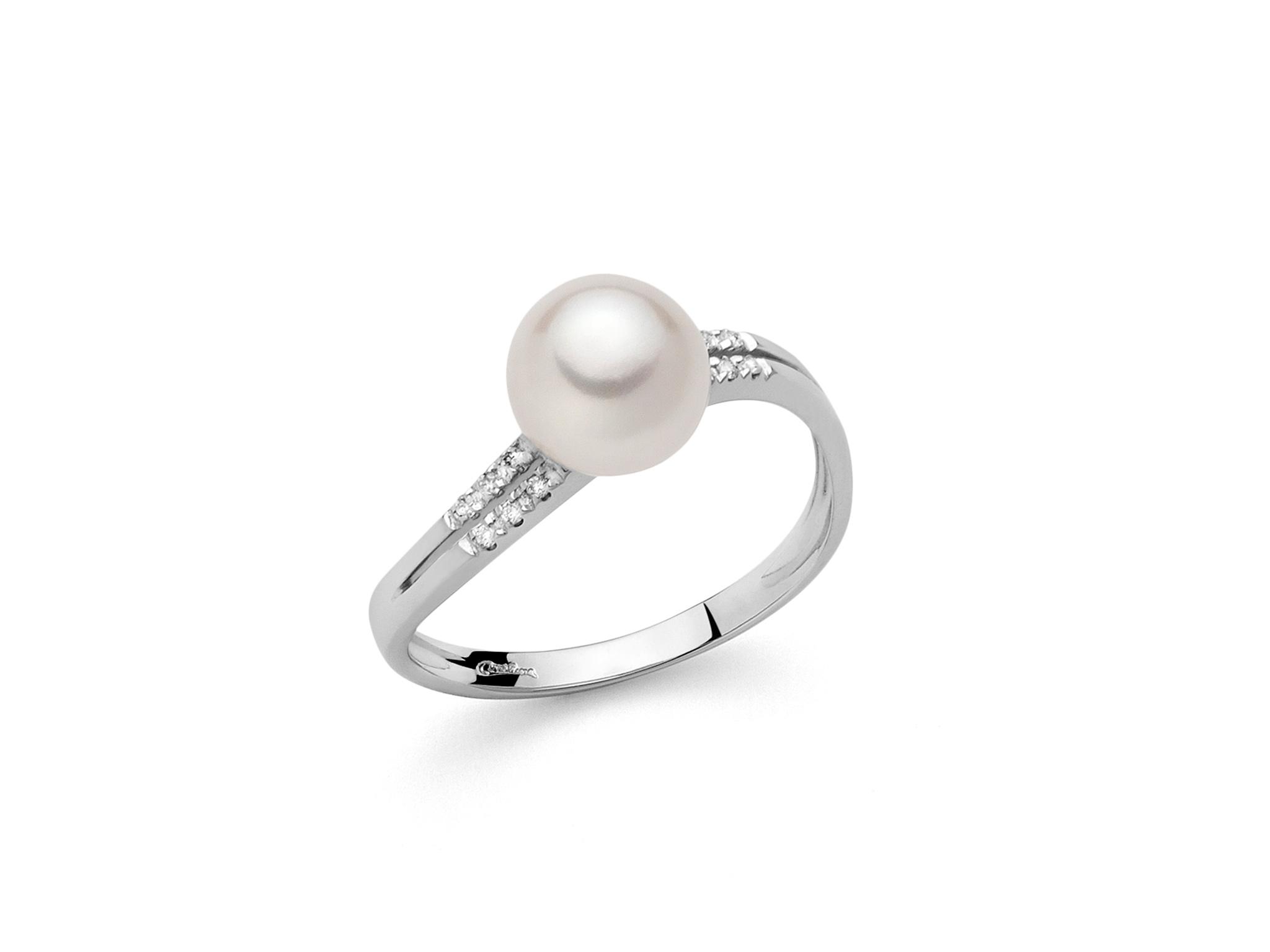 Anello in oro con perla e diamanti - PLI1597